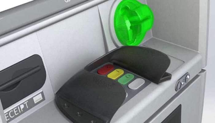 નાનકડી ભૂલથી તમારું ATM કાર્ડ થઇ જશે હેક, ઓનલાઇન શોપિંગમાં વર્તો આ સાવધાનીઓ