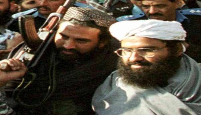 આતંકી મસૂદ અઝહરના મોતના સમાચાર પર પાકિસ્તાને મૂક્યું ફૂલસ્ટોપ, કહ્યું-નથી માર્યો ગયો
