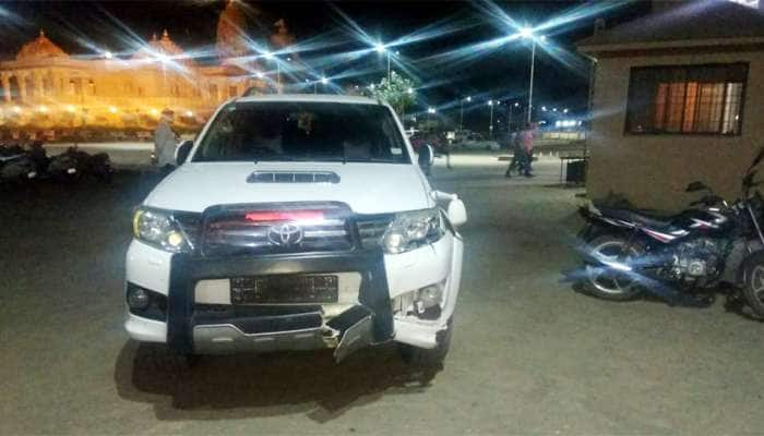 હાર્દિક પટેલની કારે બાઇક ચાલકને લીધો અડફેટે, પોલીસને નિવેદન આપવાનો કર્યો ઇન્કાર