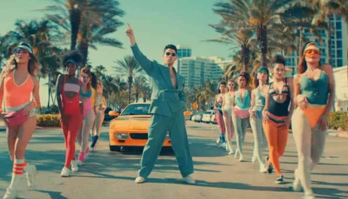 ગોવિંદાના ગીત પર નિક જોનસનો ડાન્સ સોશિયલ મીડિયા પર મચાવી રહ્યો છે ધમાલ, વાયરલ થઇ રહ્યો છે VIDEO