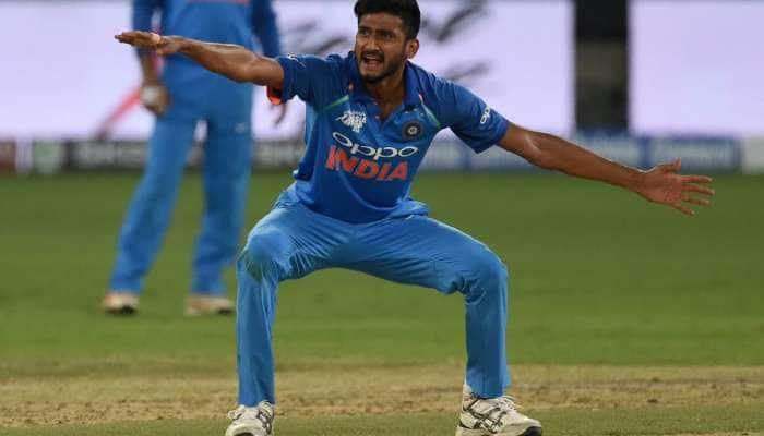 World Cup 2019: ખલીલ અહમદ સહિત 4 ફાસ્ટ બોલરો ભારતીય ટીમ સાથે જશે ઈંગ્લેન્ડ