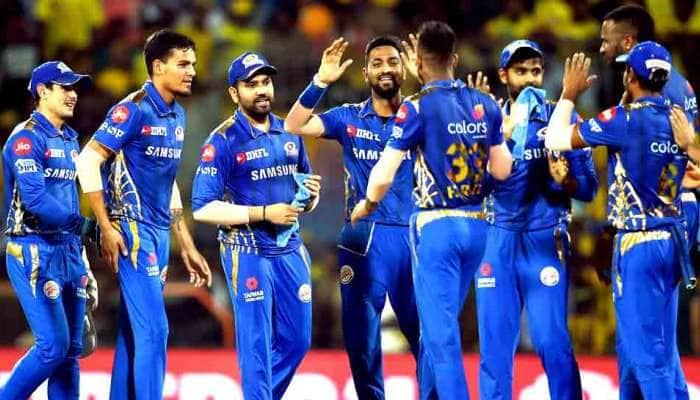 IPL-12: સુપર ઓવરમાં મુંબઇ હૈદરાબાદને હરાવી પ્લેઓફમાં પહોંચ્યું, નંબર 1 માટે ચેન્નાઇ સામે થશે ટક્કર