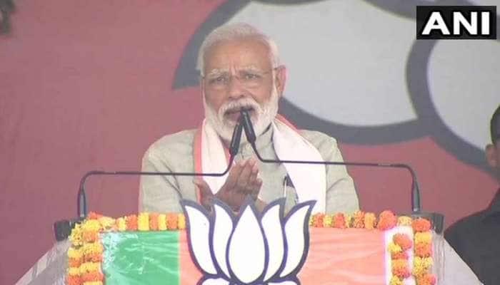 આતંકીઓ પર ફાયરિંગ કરતા પહેલા આપણા જવાન ચૂંટણી પંચની મંજૂરી માગે? PM મોદી