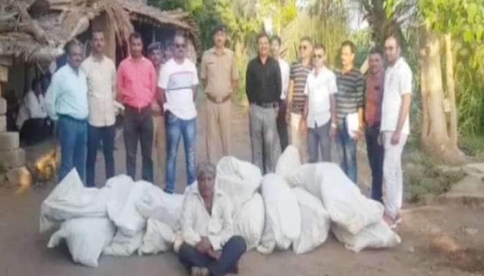 ગીર સોમનાથ: 32 કિલો 370 ગ્રામ ગાંજો સાથે પોલીસે કરી ખેડૂતની અટકાયત