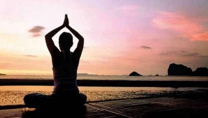 સરકારે લોન્ચ કરી 'Yoga Locator App', જાણો કેવી રીતે લોકોને મળશે મદદ