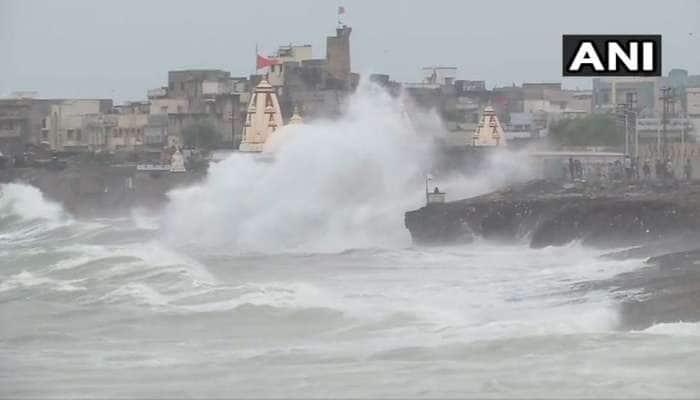 ગુજરાતને ધમરોળવાની તૈયારીમાં છે 'વાયુ', આખરે વાવાઝોડાને નામ કેમ અપાય છે? ખાસ જાણો