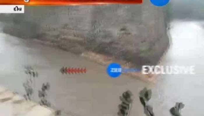 Diu: Water Clogging in Fort