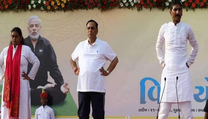 Yoga Day પર CM વિજય રૂપાણીએ કરી મોટી જાહેરાત, ગુજરાતમાં બનશે યોગ બોર્ડ