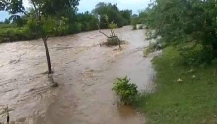 સૌરાષ્ટ્રમાં મેઘો મહેરબાન: તાલાલામાં 4, ગીરગઢડામાં 3 ઇંચ વરસાદ, અનેક નદીઓમાં પૂર