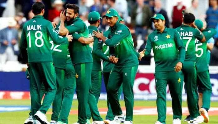 Cricket: પાકિસ્તાન કોચિંગ સ્ટાફની હકાલપટ્ટી, આર્થર, ફ્લાવર, મહમૂદને હટાવાયા