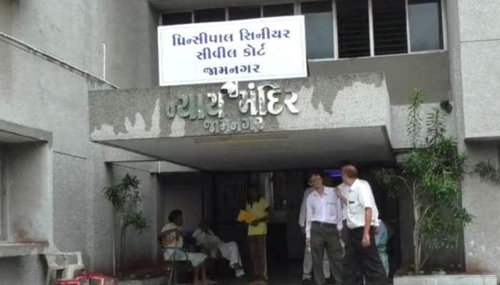 જામનગર DRIએ 2 કરોડથી વધુ કિંમતનો વિદેશી સિગારેટનો જથ્થો કર્યો જપ્ત