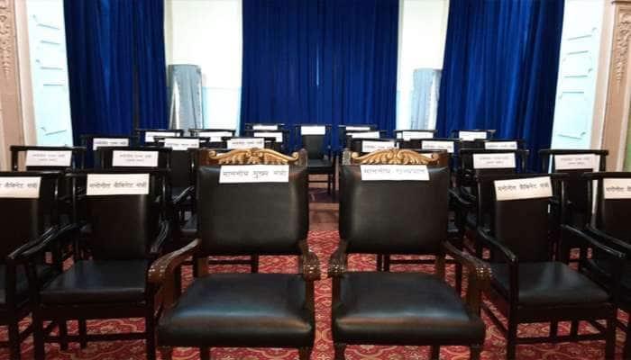 યોગી સરકારમાં કુલ 24 મંત્રી લેશે શપથ, 6 કેબિનેટ, 6 સ્વતંત્ર અને 12 રાજ્ય મંત્રી