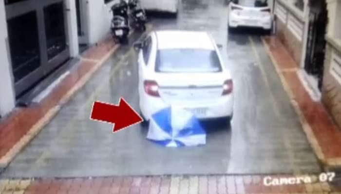 સુરત: કાર નીચે બાળક આવી જતા ચમત્કારિક બચાવ, વીડિયો થયો વાયરલ