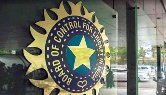 BCCI સામે ફરી ઉઠ્યા સવાલ, રાહુલ દ્રવિડનો કેસ લડવો છે તો સચિન, ગાંગુલી અને લક્ષ્મણનો કેમ નહીં?