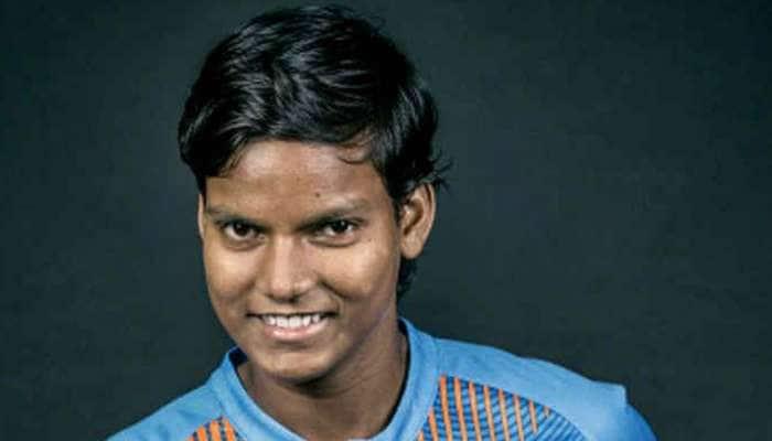 T20 આંતરરાષ્ટ્રીયમાં ત્રણ મેડન ઓવર ફેંકનારી પ્રથમ ભારતીય ખેલાડી બની દીપ્તિ