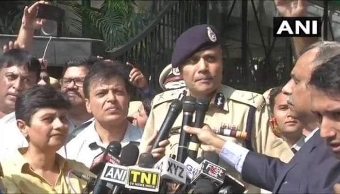 દિલ્હી: રખેવાળ જ સુરક્ષા માટે રસ્તા પર...પોલીસ કમિશનરે વિનંતી કરી તો પણ ન માન્યા પોલીસકર્મીઓ