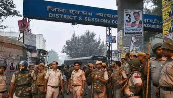 દિલ્હી હાઇકોર્ટ કરશે પોલીસની અરજી પર સુનાવણી, વકીલોએ કર્યો કામનો બહિષ્કાર