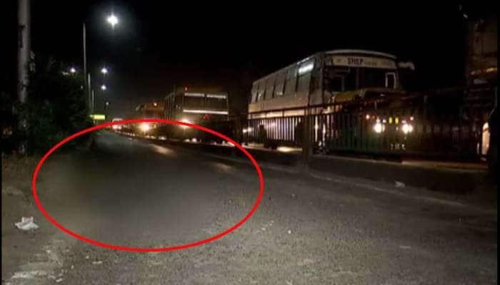 મોટું કન્ફ્યુઝન : એક્ટિવા ચાલકને કોને ટક્કર મારી...ફોર્ચ્યૂનર કારમાં સવાર નબીરાએ કે પછી BRTS બસે...?