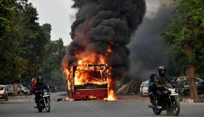 દિલ્હીમાં થયેલા રમખાણો પાછળ શું કોંગ્રેસ અને આમ આદમી પાર્ટીની મિલીભગત છે?
