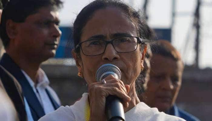 Citizenship Amendment Act: વિરોધ કરવામાં ભાન ભૂલ્યા CM મમતા બેનરજી, કરી જનમત સંગ્રહની માગણી