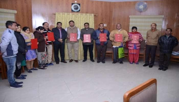 8 PAK નાગરિકોને મળી ભારતીય નાગરિકતા, ધર્મ અને બહેન-દીકરીઓની ઈજ્જત બચાવવા કર્યુ હતું પલાયન