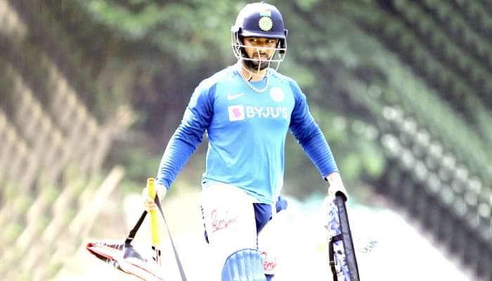 INDvsAUS: રાજકોટ વનડે પહેલા જ ભારતને મળ્યો મોટો ઝટકો, આ ખેલાડી ટીમમાંથી બહાર
