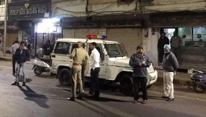 બાપુનગર લૂંટ: ઝડપી પૈસાદાર બનવા માટે ફિલ્મો જોઇને લૂંટનું કાવત્રુ ઘડ્યું