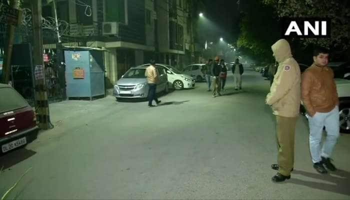 દિલ્હીમાં મતદાન પહેલા મહિલા સબ ઇન્સપેક્ટરની ગોળી મારીને હત્યા