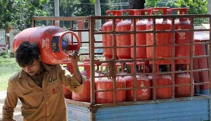LPG Cylinder Price: ગેસ સિલિન્ડરના ભાવમાં ફરી ભડકો, ચૂંટણી બાદ મોંઘવારીનો માર