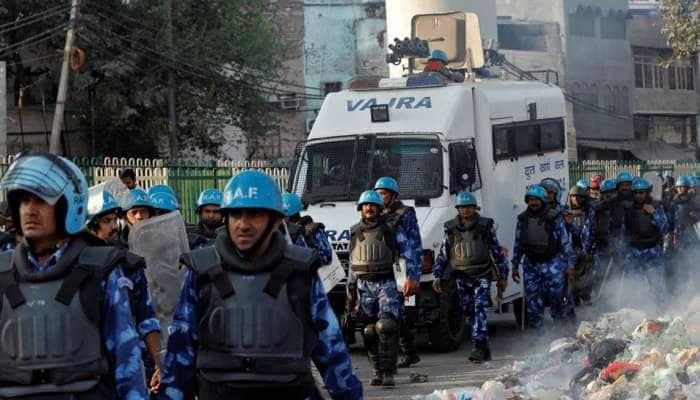 દિલ્હી: હિંસાની અફવાઓના પગલે બાટલા હાઉસ વિસ્તારમાં ભાગદોડ મચી, એકનું મોત