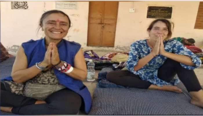 કોરોનાના ડર વચ્ચે સરહદી સૂઈગામમાં એકાએક આવેલી બે વિદેશી મહિલાઓ બની માથાનો દુખાવો