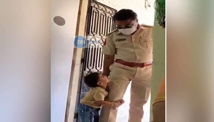 અમદાવાદ: પોલીસકર્મીનો હ્રદયદ્રાવક VIDEO વાઈરલ, જોઈને આંખો થશે ભીની