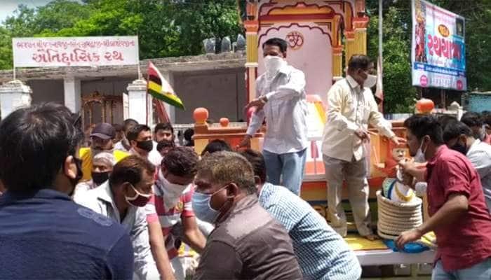 જગન્નાથ મંદિરમાં રથયાત્રાનું કરાયું રિહર્સલ, તમામ વિસ્તાર પોલીસ છાવણીમાં ફેરવાયો