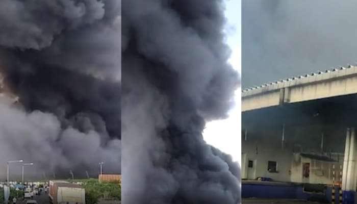 સાણંદ જીઆઇડીસીની ફેક્ટરીમાં લાગી આગ, ફાયર ફાઇટર ઘટનાસ્થળે પહોંચ્યા