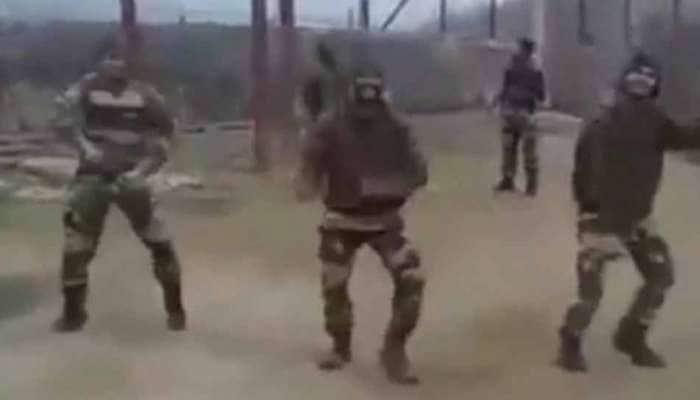 ભારત-પાક બોર્ડર પર સૈનિકોનો જબરદસ્ત ડાન્સ, વીડિયો શેર કરવા મજબૂર થયા વીરેન્દ્ર સેહવાગ