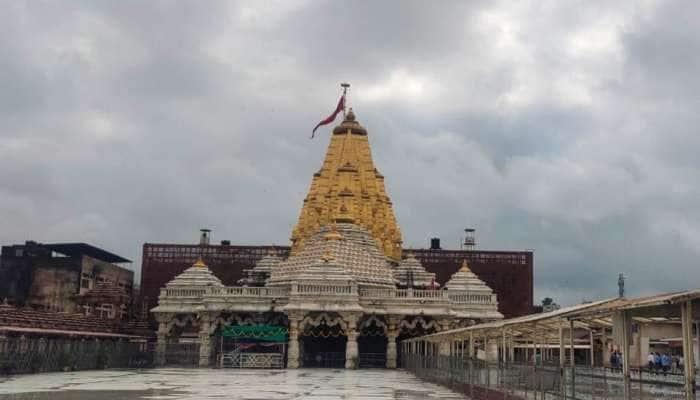 અંબાજી: ઇતિહાસમાં પહેલીવાર ભાદરવો છતા મંદિર સુમસામ, ઓનલાઇન દર્શનની વ્યવસ્થા