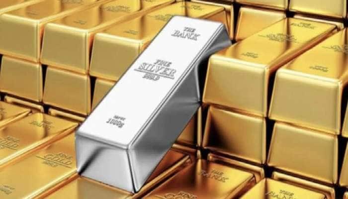 Gold Price: બે મહિનામાં સોનું 5,000 રૂપિયા તૂટ્યું, ચાંદીમાં 15,000નો ઘટાડો, જાણો કિંમત