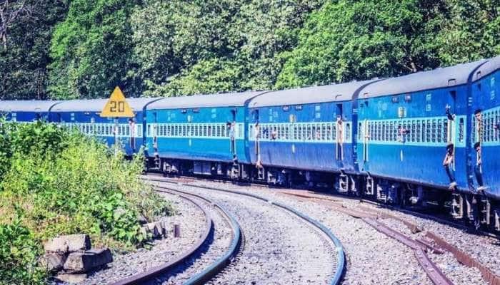 Indian Railways: તહેવારોની સીઝનમાં રેલવે ચલાવશે 392 ફેસ્ટિવલ સ્પેશિયલ ટ્રેનો, જુઓ લિસ્ટ