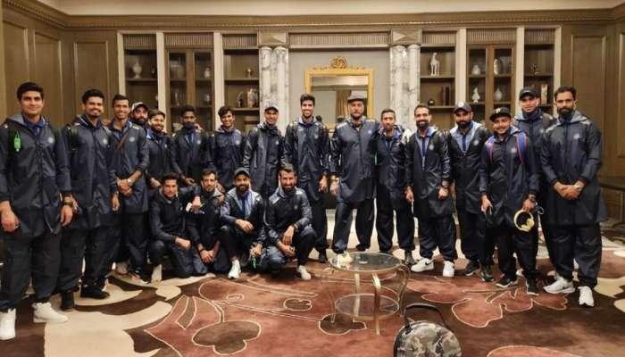 Ind vs Aus: ઓસ્ટ્રેલિયા પહોંચી ભારતીય ટીમ, 14 દિવસ ક્વોરૅન્ટીન રહેશે બધા ખેલાડીઓ