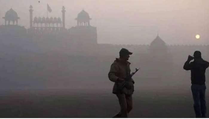 ફટાકડાના ધુમાડાએ દિલ્હીની હવા બગાડી, એક જ રાતમાં ચારેતરફ ધુમાડો ફેલાયો