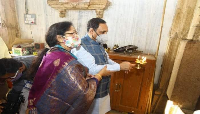 CM રૂપાણીએ નવા વર્ષની શુભેચ્છા પાઠવીને કહ્યું, કોરોનાની રસી ન આવે ત્યા સુધી ઢીલાશ ન રાખો