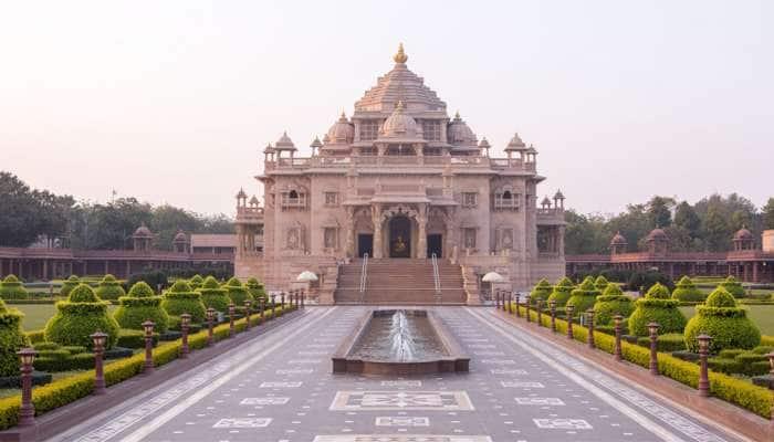 અક્ષરધામ મંદિર આ તારીખ સુધી રહેશે બંધ, ભક્તોને નહીં કરી શકે ભગવાનના દર્શન