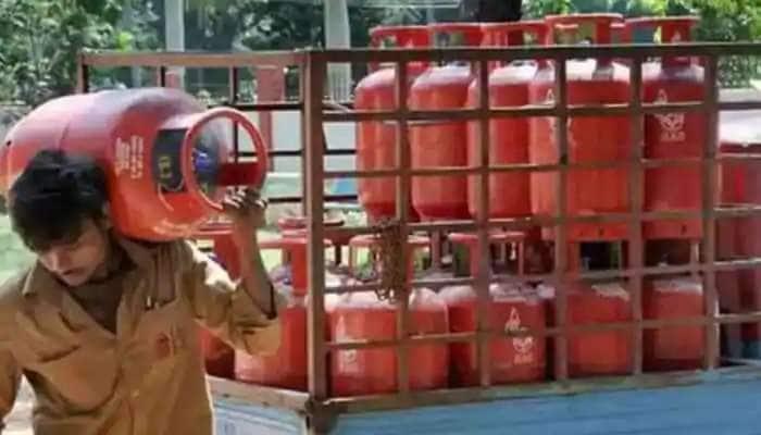 LPG Cylinder આ રીતે કરાવો બુક...500 રૂપિયા જેટલો સસ્તો પડશે, કેશબેક સ્કિમ વિશે જાણો