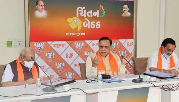 ગુજરાતની મહાનગરપાલિકાઓમાં આવતીકાલથી વહીવટદારોનું 'રાજ' જોવા મળશે
