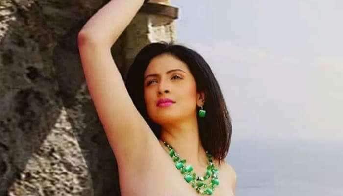 ક્રિકેટર મોહમ્મદ શમીની પત્ની Hasin Jahanએ શેર કરી બોલ્ડ તસવીર, તો યૂઝર્સે કહીં આ વાત