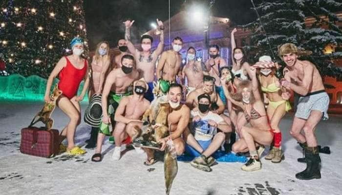 Siberia માં -39 ડિગ્રી સેલ્સિયસમાં થઈ બિકિની પાર્ટી, PHOTOS જોઈને તમને કડકડતી ઠંડીમાં પસરેવો વળી જશે