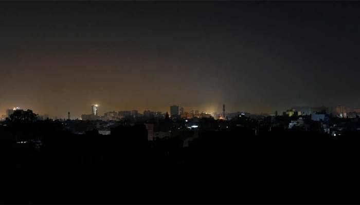Blackout in Pakistan: પાકિસ્તાનમાં વીજળી ડૂલ, ઈસ્લામાબાદ અને કરાચી સહિત અનેક શહેરો અંધારામાં ડૂબ્યા