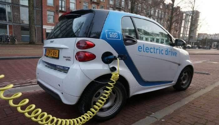 Budget 2021:ભારતને Electric Car નું હબ બનાવવા બજેટમાં લેવાઈ શકે છે આ ખાસ નિર્ણય