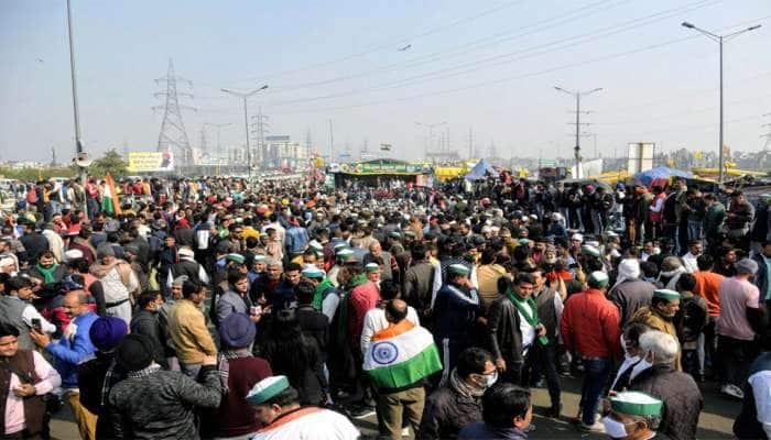 Farmers Protest: યુપી ગેટ પાસે ફરી એકઠી થઇ ખેડૂતોની ભીડ, મોટી સંખ્યામાં સુરક્ષાબળ તૈનાત
