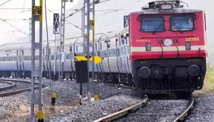 આ તારીખથી ભાવનગર-બાંદ્રા થશે શરૂ ડેઈલી ટ્રેઈન, ટીટી POS મશીન સાથે બજાવશે ફરજ
